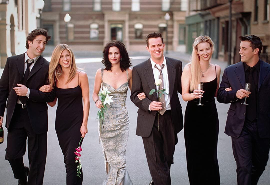 Friends: τα πιο fun items της αγαπημένης σειράς όλων των εποχών είναι εδώ!